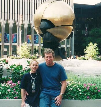 Craig and Glenn Davis at the World Trade Center in August, 2000. Craigslegz.com